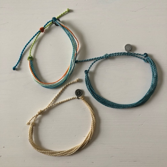 3 Pura Vida Bracelets